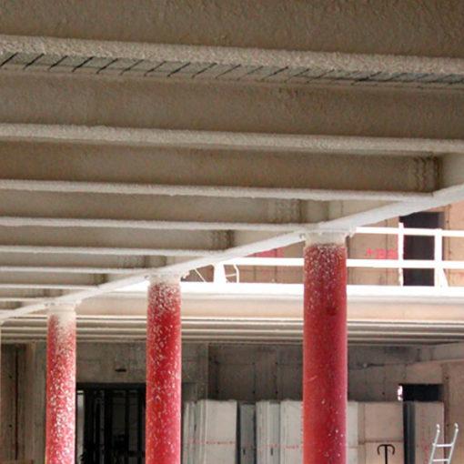 protezione copertura in acciaio con intonaco ignifugo Isolatek TYPE 300 - edificio Sole24ore - Milano