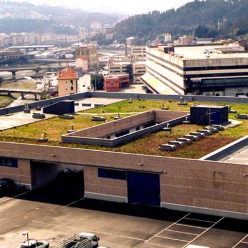realizzazione di tetto giardino estensivo Perliroof su edificio a uso uffici - Genova